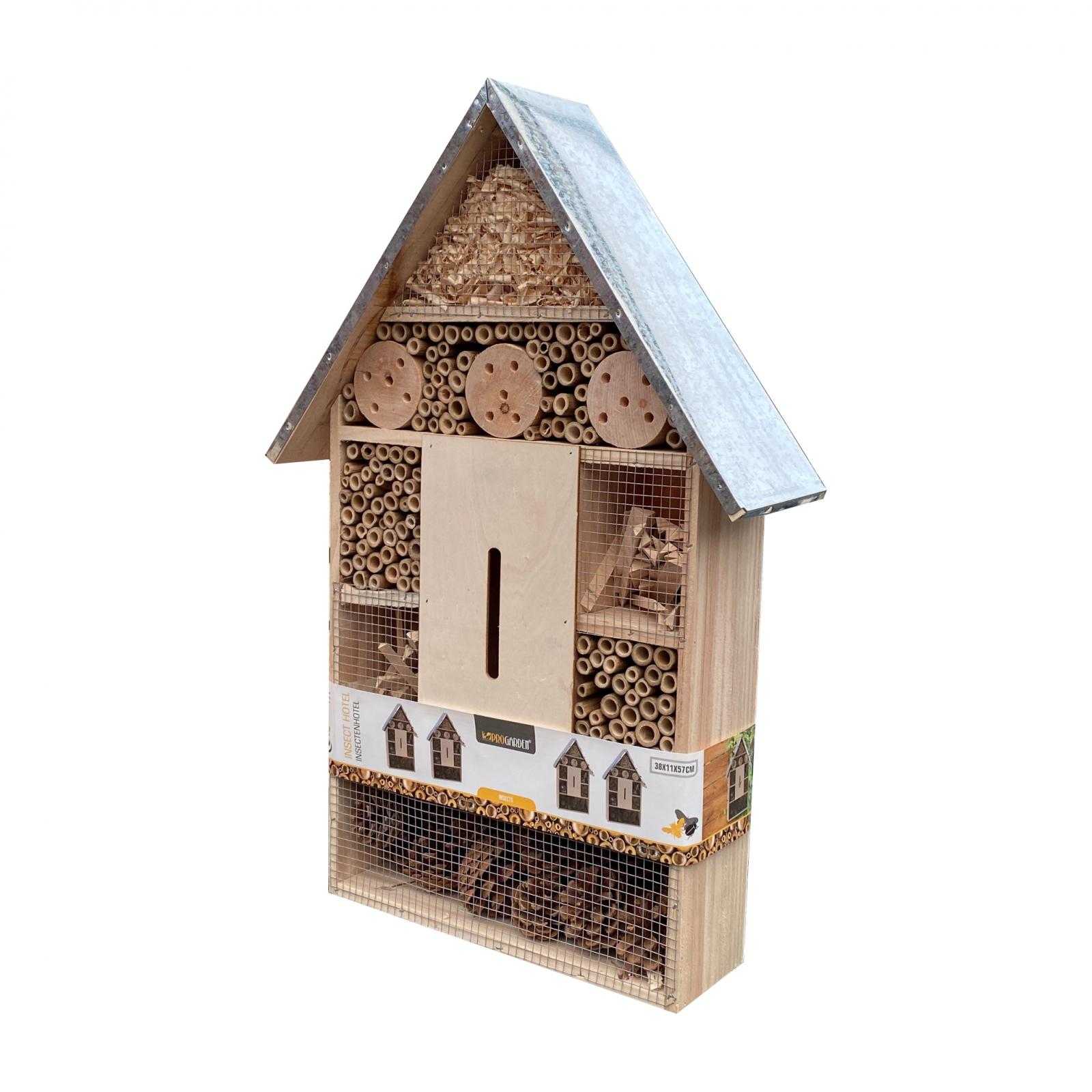 Dřevěný domek pro hmyz (kovová střecha)